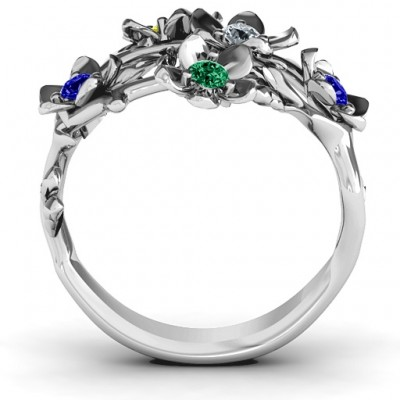 18CT White Gold Garden Party Ring