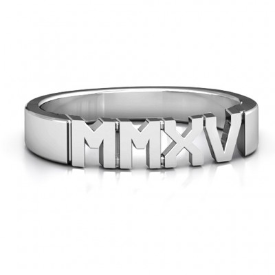 18CT White Gold 2015 Roman Numeral Graduation Ring