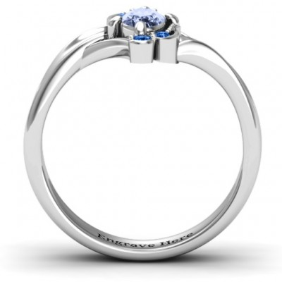 18CT White Gold Fancy Oval Asymmetrical Ring
