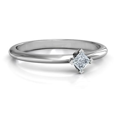 18CT White Gold L-Shaped Princess Ring