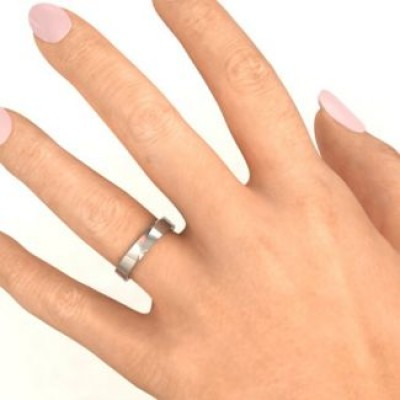 18CT White Gold Ridge Diagonal Peak Women's Ring
