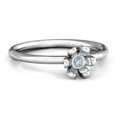18CT White Gold Stone in 'Magnolia' Ring