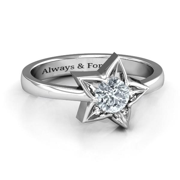 18CT White Gold Superstar Ring