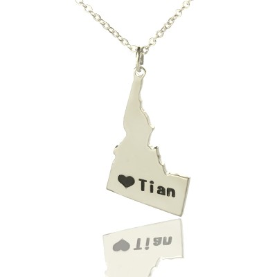 Solid Gold The Idaho State USA Map Name Necklace