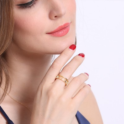 Roman Numeral Date Jewellery Rings - 18CT Gold
