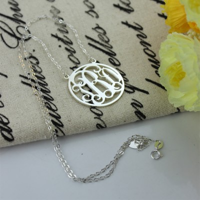 Circle 18CT Solid White Gold Initial Monogram Name Necklace