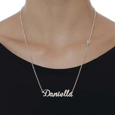 18CT White Gold Charm Name Necklace