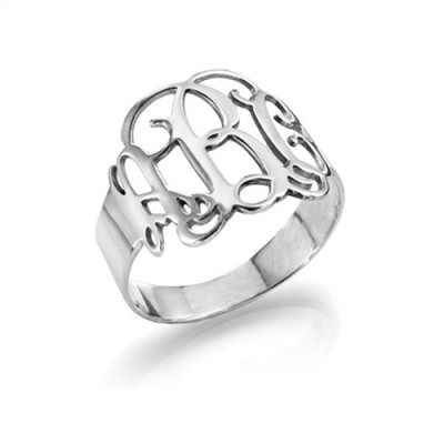 18CT White Gold Monogram Ring