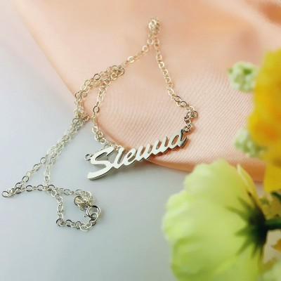 18CT White Gold Sienna Style Name Necklace