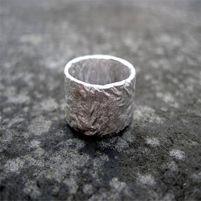 18CT White Gold Rocky Outcrop Broad Ring