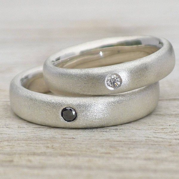 Handmade Frosted Diamond Wedding Solid Gold Rings