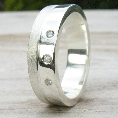 18CT White Gold Handmade Mens Chunky Diamond Ring