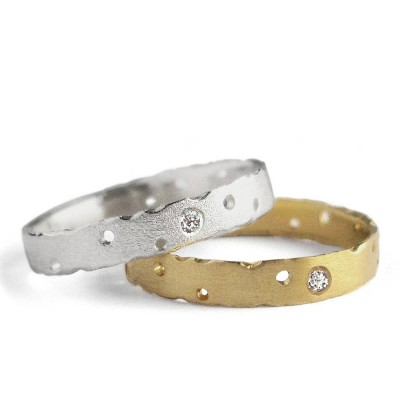 Precious 18CT Solid Gold Ring Set With Diamonds