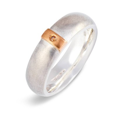 Cognac Diamond Linear Solid Gold Ring