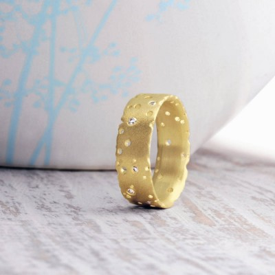 Diamond And 18CT Yellow Solid Gold Ring
