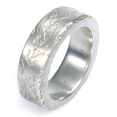 Medium Concrete Solid White Gold Ring