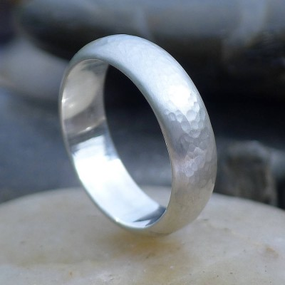 Mens Hammered 18CT Solid Gold Ring