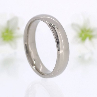 Mens Comfort Fit 18CT Gold Wedding Ring