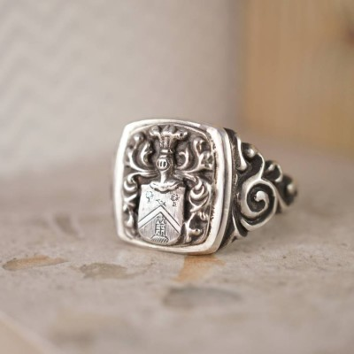 Coat Of Arms Signet Solid White Gold Ring