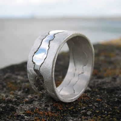 Double Coastline Solid Gold Ring