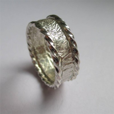 Rocky Outcrop Twist Solid White Gold Ring