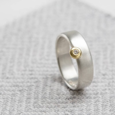 Slim Offset Solid White Gold Ring