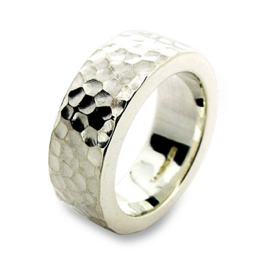 18CT White Gold Hammered Ring