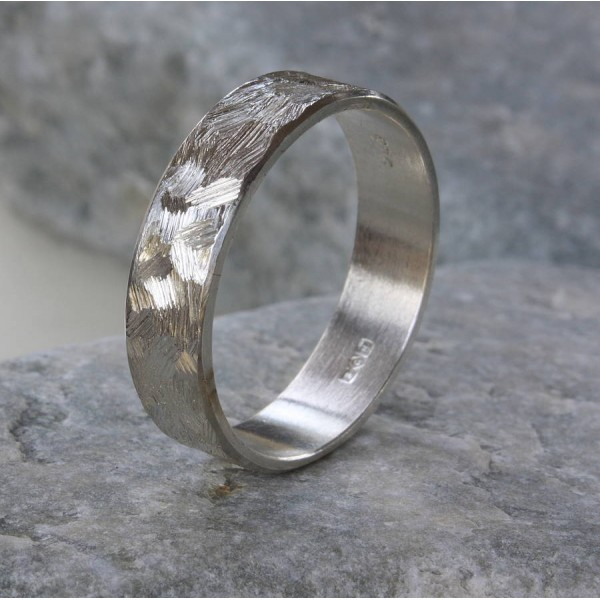 Handmade Unisex TexturedBand Solid White Gold Ring