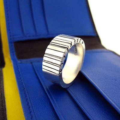 WideBarcode Solid Gold Ring