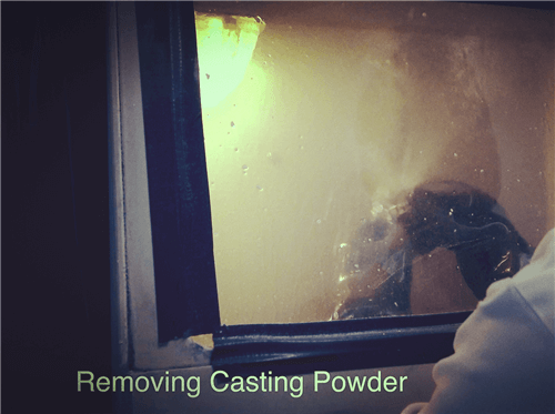Removing-Casting-powder