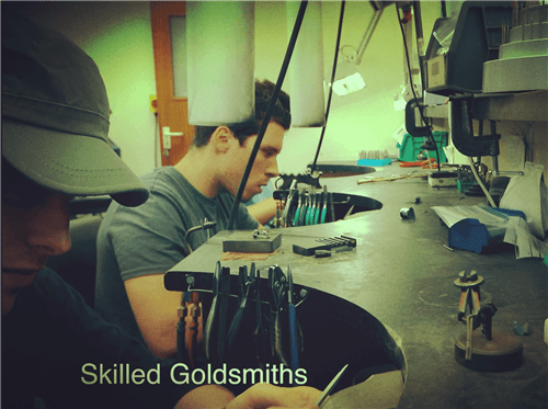 See our skilled goldsmiths